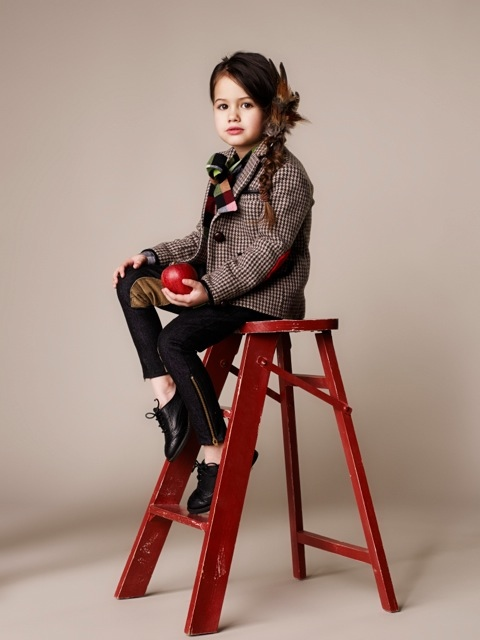 Tweed-riding-looks-for-fall-winter-2013-from-Deluma-Kids-
