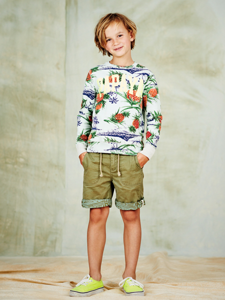 The kids' clothing has the typical Scotch & Soda traits: no frills or fuss, merely an exact replica of the Scotch & Soda males selection. That's why the novel collection is positioned as Shrunk in Amsterdam! Naturally, being Scotch & Soda the kids' line also features the best fabrics, unforeseen usage of material and shocking details.